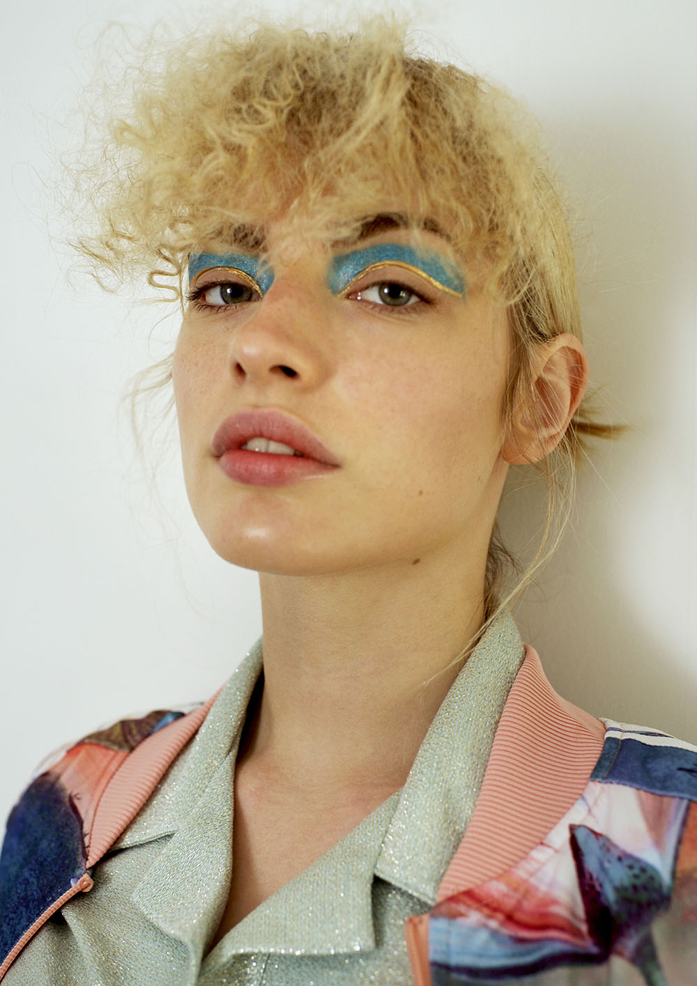 Lonely Beauty editorial by Kim Latieule