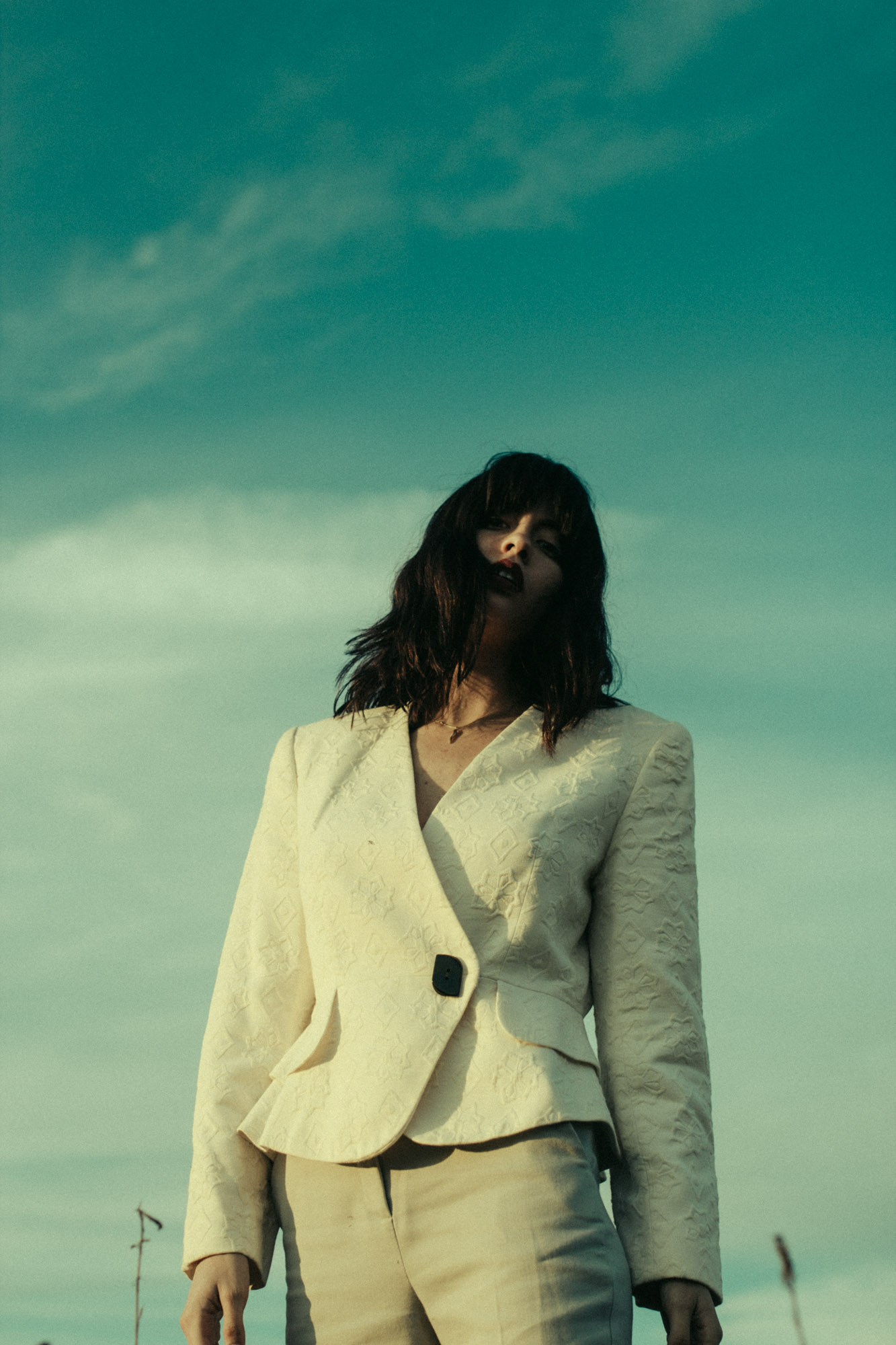 White Lies - Editorial by Diogo Esaki
